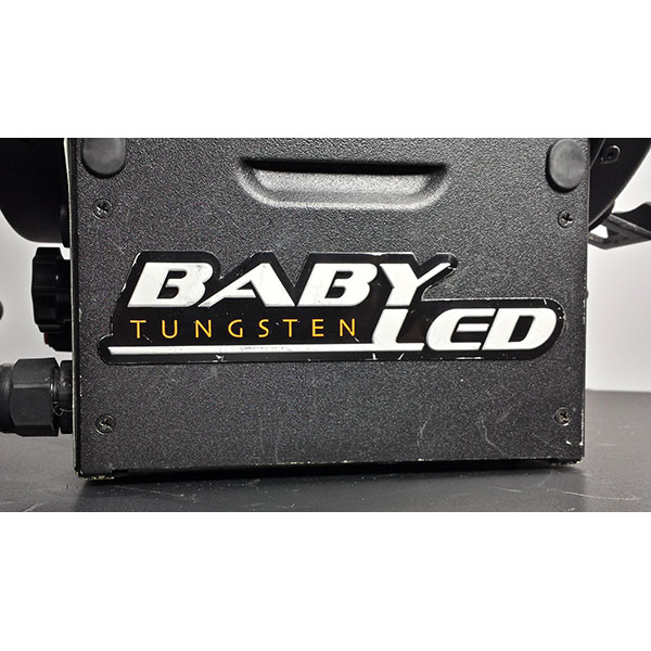 Mole-Richardson 150W Baby LED Fresnel (Tungsten)